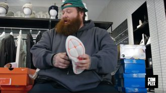 Sneakershopping med Action Bronson